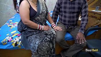 Негр с блондинкой практикуют грязный межрасовый секс