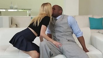 Анджелина джоли и мелани лоран сексапильные сцены