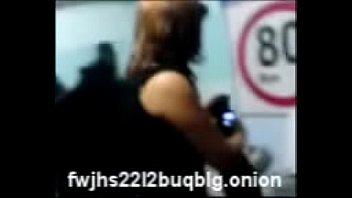 Пацанчик делает массаж развратной бабе и натягивает ее на член